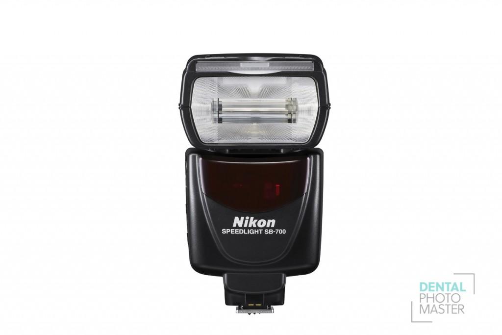 Nikon SB-700-1